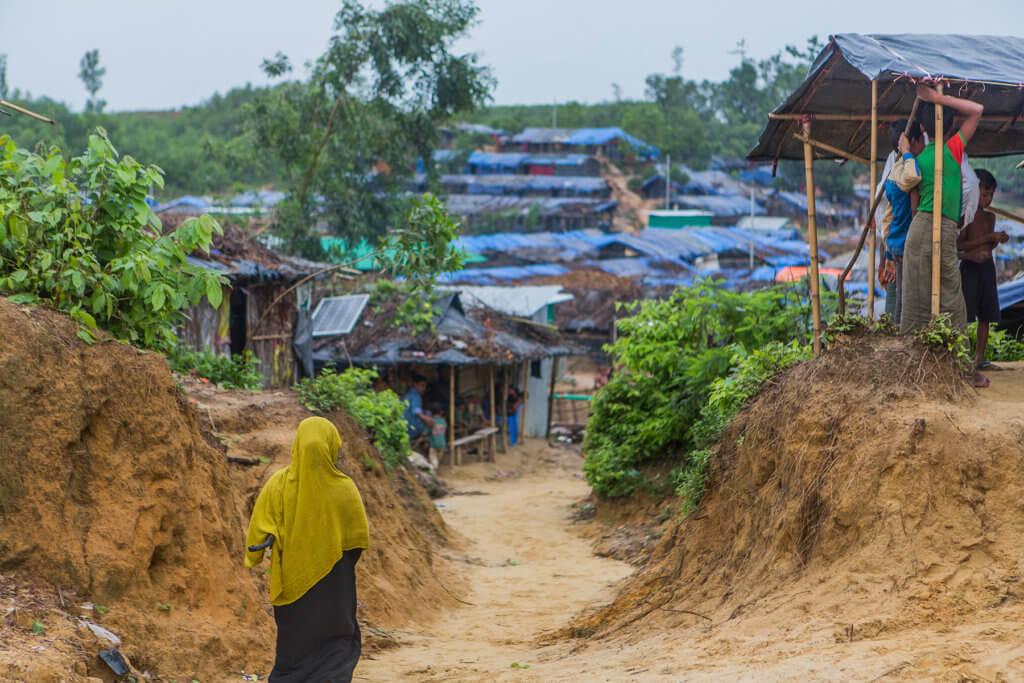 Refugee woman walks in a refugee camp in Bangladesh, ©Reza Shahriar Rahman, 2017